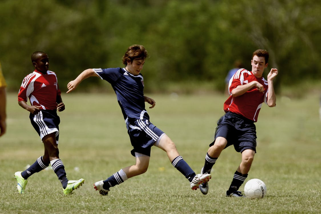 Ochraniacze do piłki – jak wybrać najlepsze?